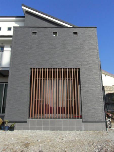 異素材を組み合せた和モダン住宅・外観