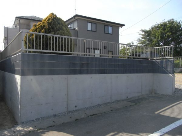 擁壁ブロックフェンス外構リフォーム