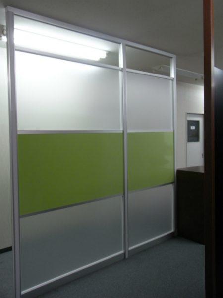 色を生かしたオフィスレイアウトデザイン